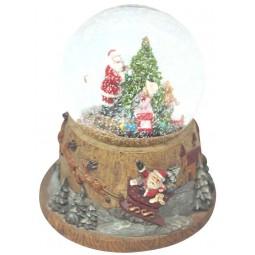 Boule de neige Père Noël décorant le sapin