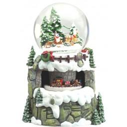 Snow globe sledge & train scene