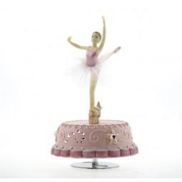 Boîte à musique rose avec ballerine