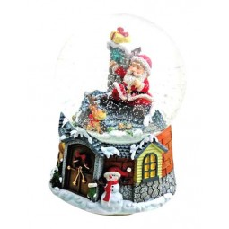 "Snowglobe ""Santa at the roof"""