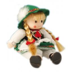 Grande poupée fille en costume folkorique