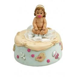Bébé assis en polyrésine