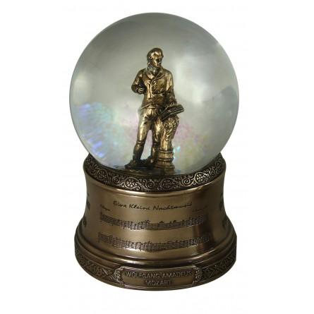 Boule scintillante avec une figurine de Mozart