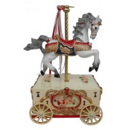 Cheval de manège sur un chariot