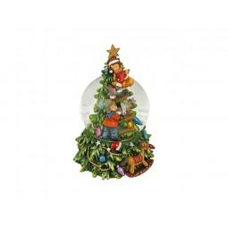 Sapin de Noël avec boule au milieu